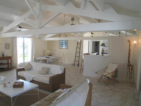 Maison traditionnelle au Bois Plage  Nos réalisations  Delrieu